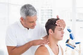 clínica quiropráctica southCharlotte que trata a pacientes en accidentes automovilísticos, lesiones deportivas por dolores de cabeza, dolores de cuello y lumbares.